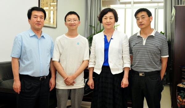 电子科技大学周涛教授来我校作 大数据科学与教育革命 的报告